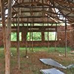 I Kasenge skall en skola med dödsdömda föräldrar byggas med vår hjälp.